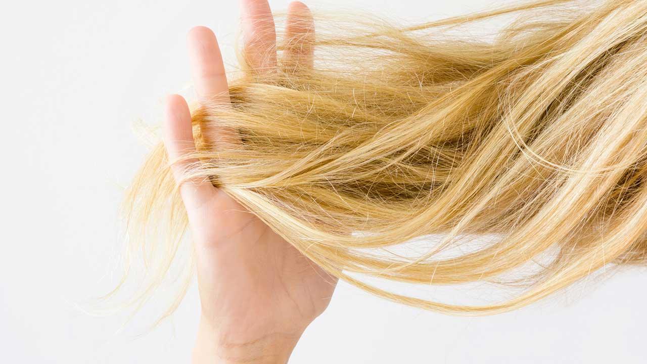 9 процедур для сухих волос и советы которые стоит попробовать